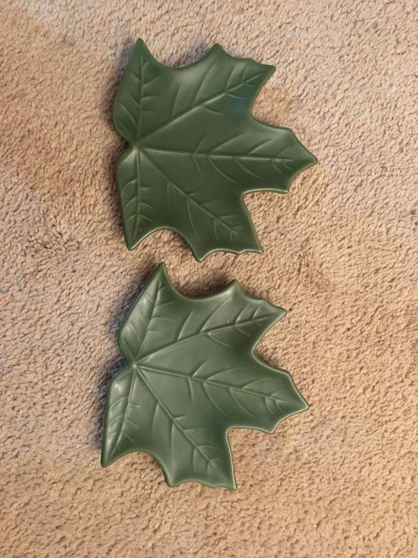 Green Leaf Decoration