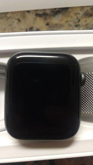 Apple Watch Series 4 44mm for Sale in Riverside, CA