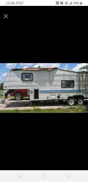Camper for Sale in OLD RVR-WNFRE, TX
