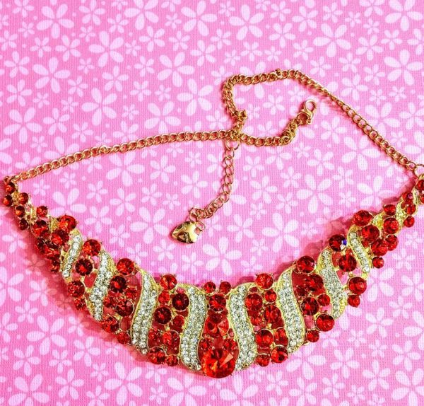 Nwt Betsey Johnson Red Crystal Statement Necklace
