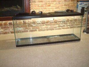 NEW Fish Tank Aquarium 55 gal Still inside box 📦 for Sale in Norwalk, CA