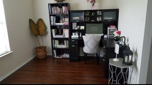 Modern Office Desk 76120 for Sale in Fort Worth, TX