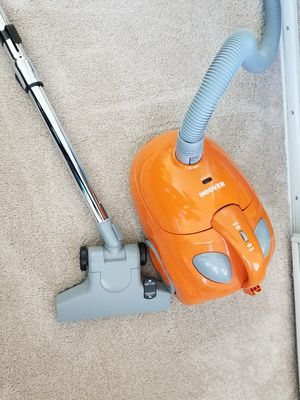 Hoover bagged canister vacuum for Sale in Riverside, CA