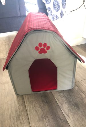 Dog house for Sale in Romeoville, IL