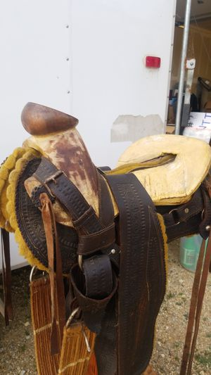 Horse saddle for Sale in Mount MADONNA, CA