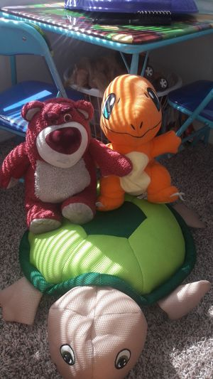 Stuffed animals bean bag turtle for Sale in Kissimmee, FL