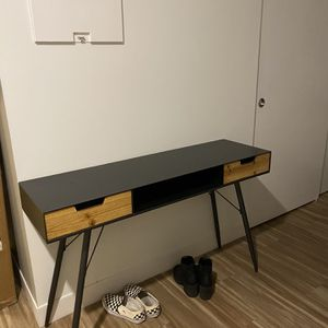 Hallway table/ Tv Console for Sale in Seattle, WA