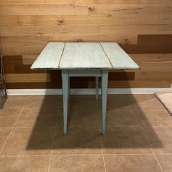 Solid Wood Drop Leaf Table (Sits 2-4) for Sale in Los Angeles,  CA