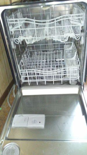 Kenmore elite smart dish washer 360 for Sale in San Antonio, TX
