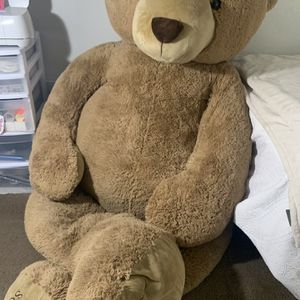 Giant Plush Bear( F.A.O Schwartz) for Sale in Ontario, CA