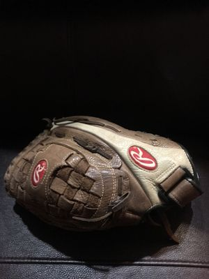Rawlings Softball/Baseball Glove $25 for Sale in Spring Valley, CA
