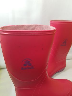KAMIK RAIN BOOTS Waterproof Girls Size 5 Pink Purple Rubber. for Sale in Atlanta, GA