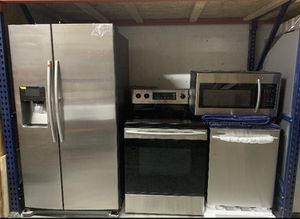 New Samsung 4 piece complete kitchen set Stainless steel (Refrigerator,Stove,microwave, & dishwasher) for Sale in Fort Lauderdale, FL