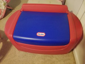 Fisher price toy chest for Sale in Inwood, WV