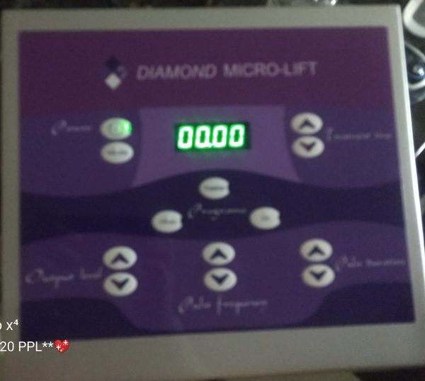 *DIAMOND MICRO-LIFT MACHINE* microdermabrasion machine for younger looking skin*helps fine lines