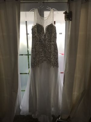 Wedding Dress Size 16 for Sale in Mobile, AL