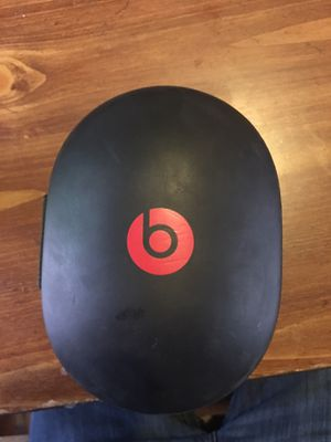 Beats solo 3 for Sale in Vandergrift, PA