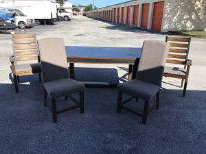 Kitchen Dining Table for Sale in Lauderhill, FL