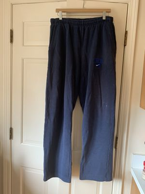 Nike Men's Pants, size L for Sale in Deerfield, IL