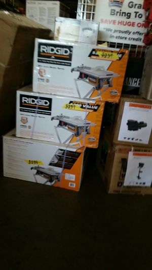 "RIDGID 7"" Table Top Wet Tile Saw with Stand for Sale in Phoenix, AZ"