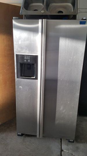 JENN AIR REFRIGERATOR 36W, 69H for Sale in Modesto, CA