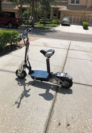 electric scooter 1200 W with charger for Sale in Tampa, FL