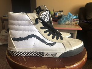 Vans Off The Wall White Men's Size 6 Women's Size 7.5 for Sale in Los Angeles, CA
