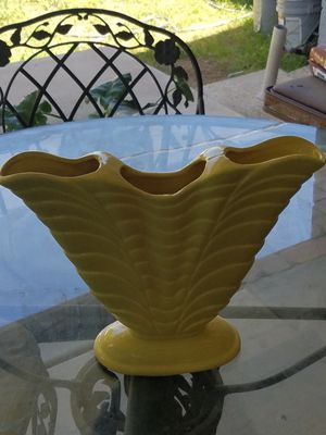 Hall vase for Sale in Phoenix, AZ