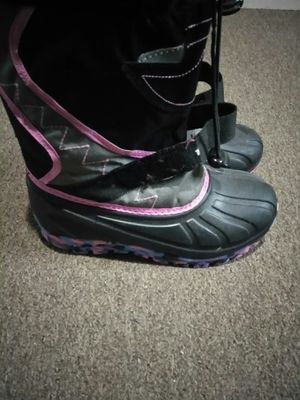 Girl winter boots for Sale in Buffalo, NY