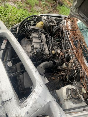 Mazda protege auto for parts !!!!!!!!!!???? for Sale in Orlando, FL