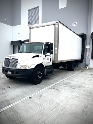 2005 international 4300 280k miles for Sale in Downey, CA