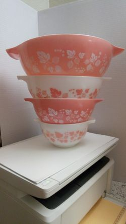 PYREX PINK GOOSEBERRY BOWL for Sale in San Dimas,  CA