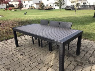Outdoor 8 seater Dining Table (just Table) for Sale in Ypsilanti,  MI