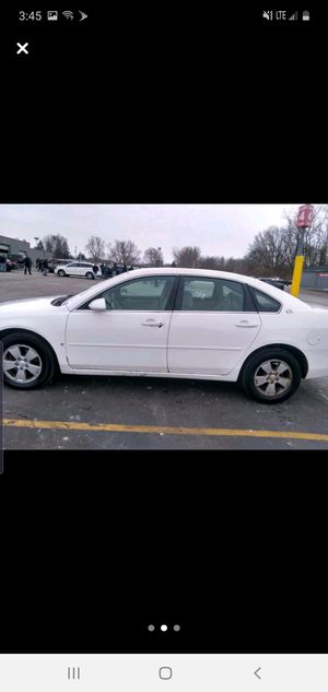08 chevy impala clean ready to drive $2425 obo call tom {contact info removed} for Sale in Flint, MI