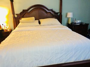 King size frame with mattress and Dresser. Solid wood for Sale in Flossmoor, IL