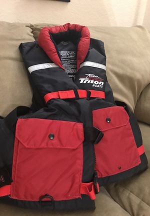 Triton life Jacket size adult xl for Sale in Hialeah, FL