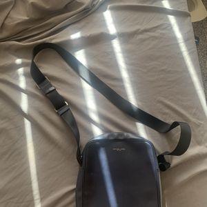Michael Kors Bag for Sale in Moreno Valley, CA
