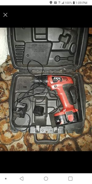 Skil drill with battery and charger. Works great. And charges. Just got a newer one for Sale in Weirton, WV