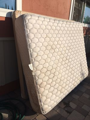 FREE Queen Mattress and box spring for Sale in Bonita, CA