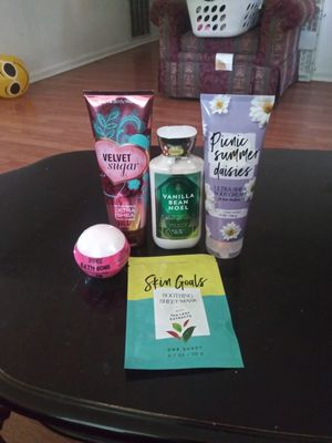 Bath and body works lotions and Victoria secret bath bomb for Sale in Kennesaw, GA