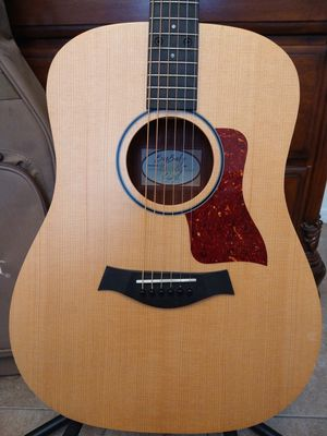 Taylor Acoustic Guitar Big Baby + Case for Sale in Irving, TX