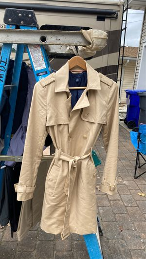 Woman's raincoat Tommy Hilfiger Size M for Sale in Brick Township, NJ