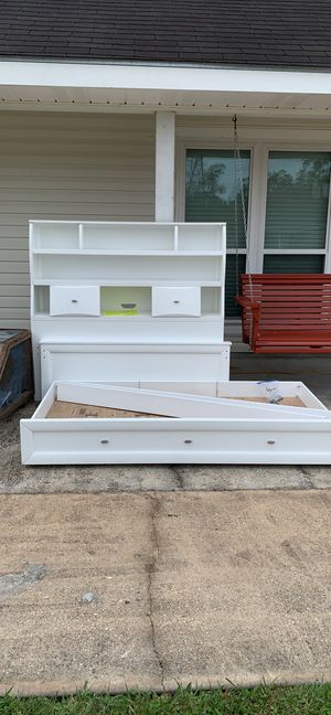 Full size bed frame with twin trundle underneath for Sale in Gonzales, LA