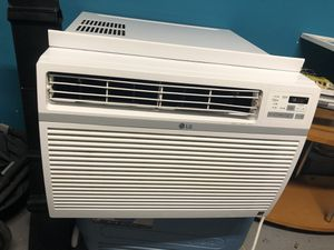 Lg 15000 btu air conditioning for Sale in Fort Lauderdale, FL