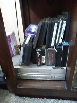 DVDs and vhs videos for insignia DVD/VCR player for Sale in Brooklyn, NY