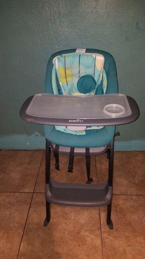 Evenflo baby high chair for Sale in Phoenix, AZ