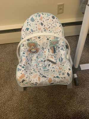 Vibrating Baby Rocker for Sale in Minot, ND