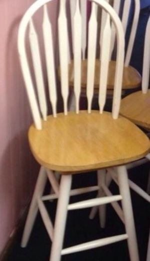 1 bar stool for Sale in Peabody, MA