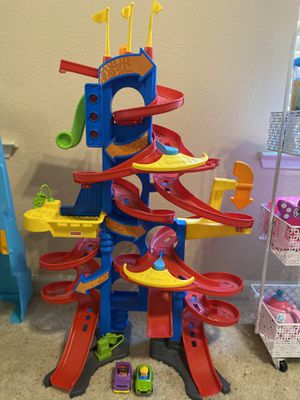 Fisher Price race toy for Sale in Fresno, CA