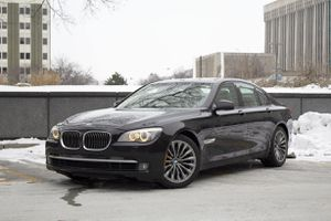 2009 BMW 750i Excellent Condition No Accidents for Sale in Grand Rapids, MI
